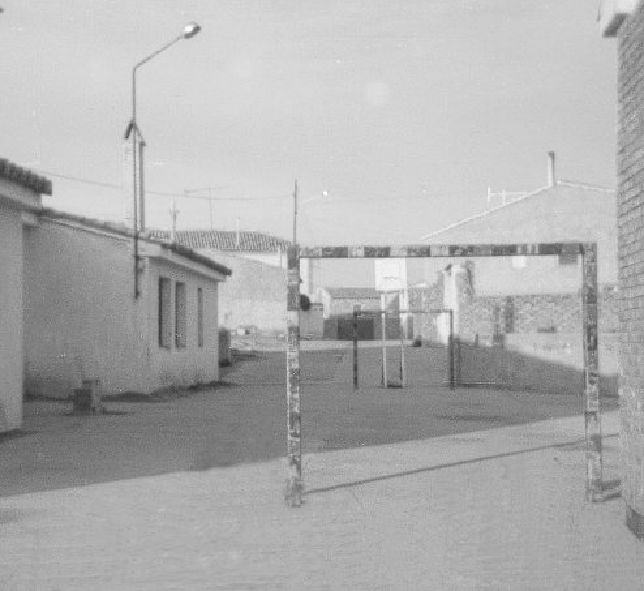 4.4._1976.Patio_de_las_Escuelas_(1).jpg