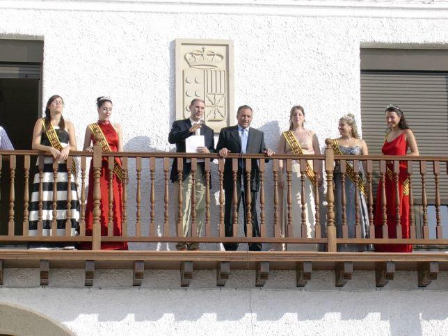 5.1._Pregón_de_fiestas_con_la_presencia_de_las_Majas_(1).jpg